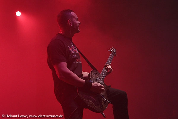 alterbridge131104_hl_4219-12