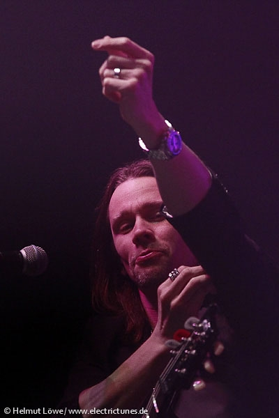 alterbridge131104_hl_4373-31