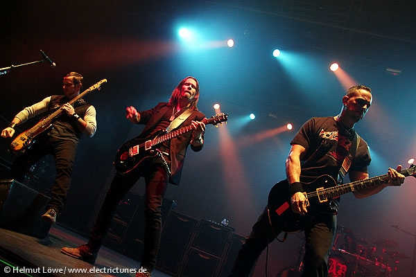 alterbridge131104_hl_4467-42