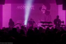 carpenter-brut180325_hl-29