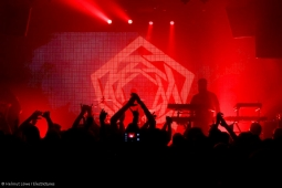 carpenter-brut180325_hl-32