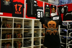 metallica-pop-up-shop170913_hl-60