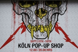 metallica-pop-up-shop170913_hl-66