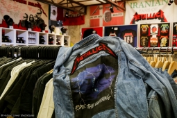 metallica-pop-up-shop170913_hl-57