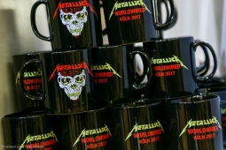metallica-pop-up-shop170913_hl-63