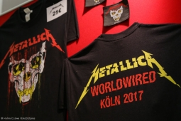 metallica-pop-up-shop170913_hl-62