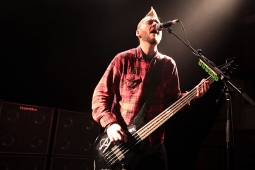 seether121205_7426