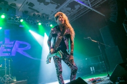steelpanther191109_hl-2186