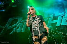 steelpanther191109_hl-2347