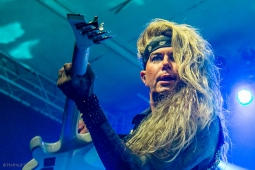 steelpanther191109_hl-2178