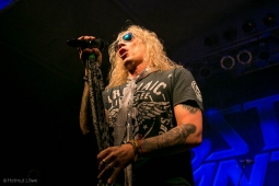 steelpanther191109_hl-2208