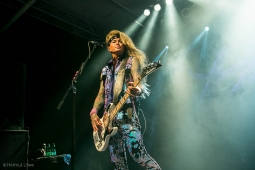 steelpanther191109_hl-2219