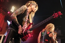 steelpanther120320_0757