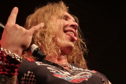 steelpanther120320_0817