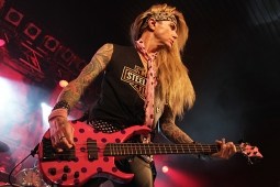 steelpanther120320_0683