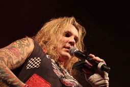 steelpanther120320_0812