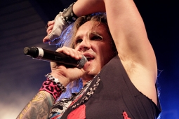 steelpanther120320_0890