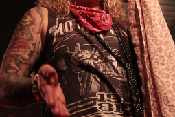 steelpanther121103_hl_5057