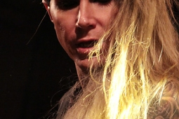 steelpanther121103_hl_5174