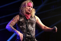 steelpanther121103_hl_4907