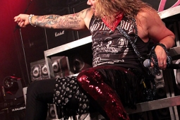 steelpanther121103_hl_4986