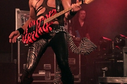 steelpanther121103_hl_4992