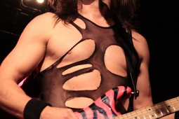 steelpanther121103_hl_5134