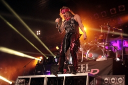 steelpanther121103_hl_5197