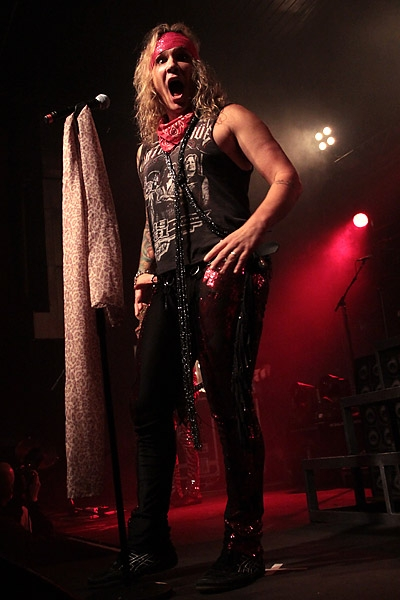 steelpanther121103_hl_5034