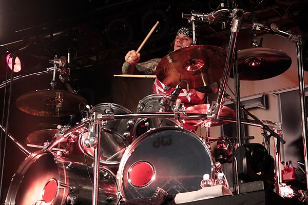 steelpanther121103_hl_5124