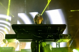 thecure161110_hl-17