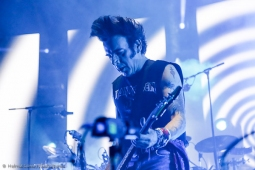 thecure161110_hl-22