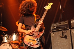 wolfmother100130_0397_hl_500x336