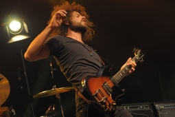 wolfmother100130_0567_hl_500x336