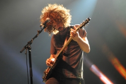 wolfmother100130_0415_hl_500x336