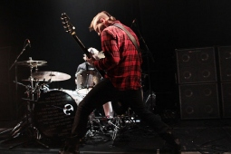 seether121205_7428