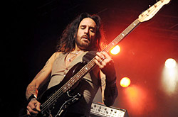 thinlizzy110213_0426_250x165