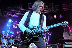 thinlizzy110213_0453_250x165