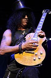 Slash mit seiner Gibson Les Paul